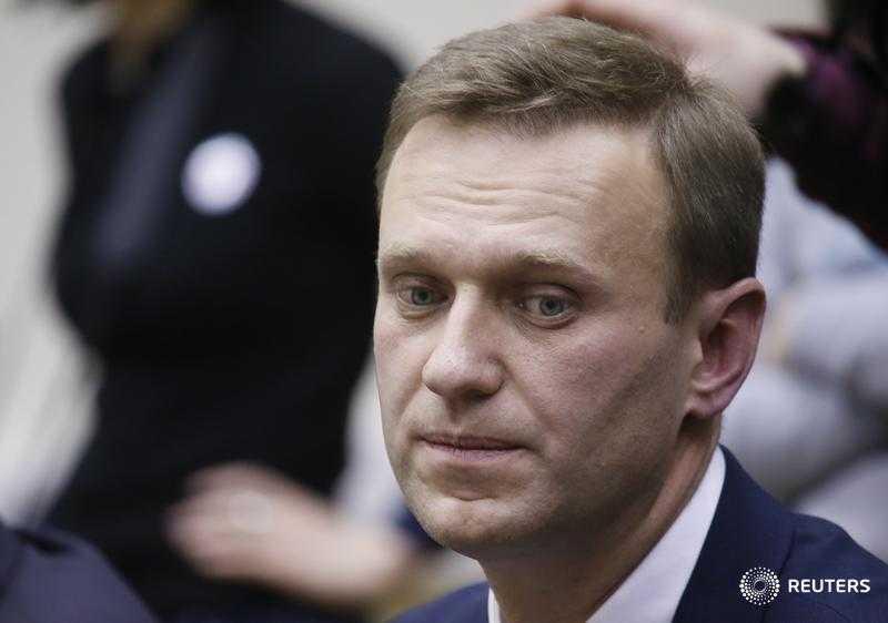 Направо пойдёшь – пенсия обеспечена, а налево – никому там не нужен: что будет делать Навальный после Германии