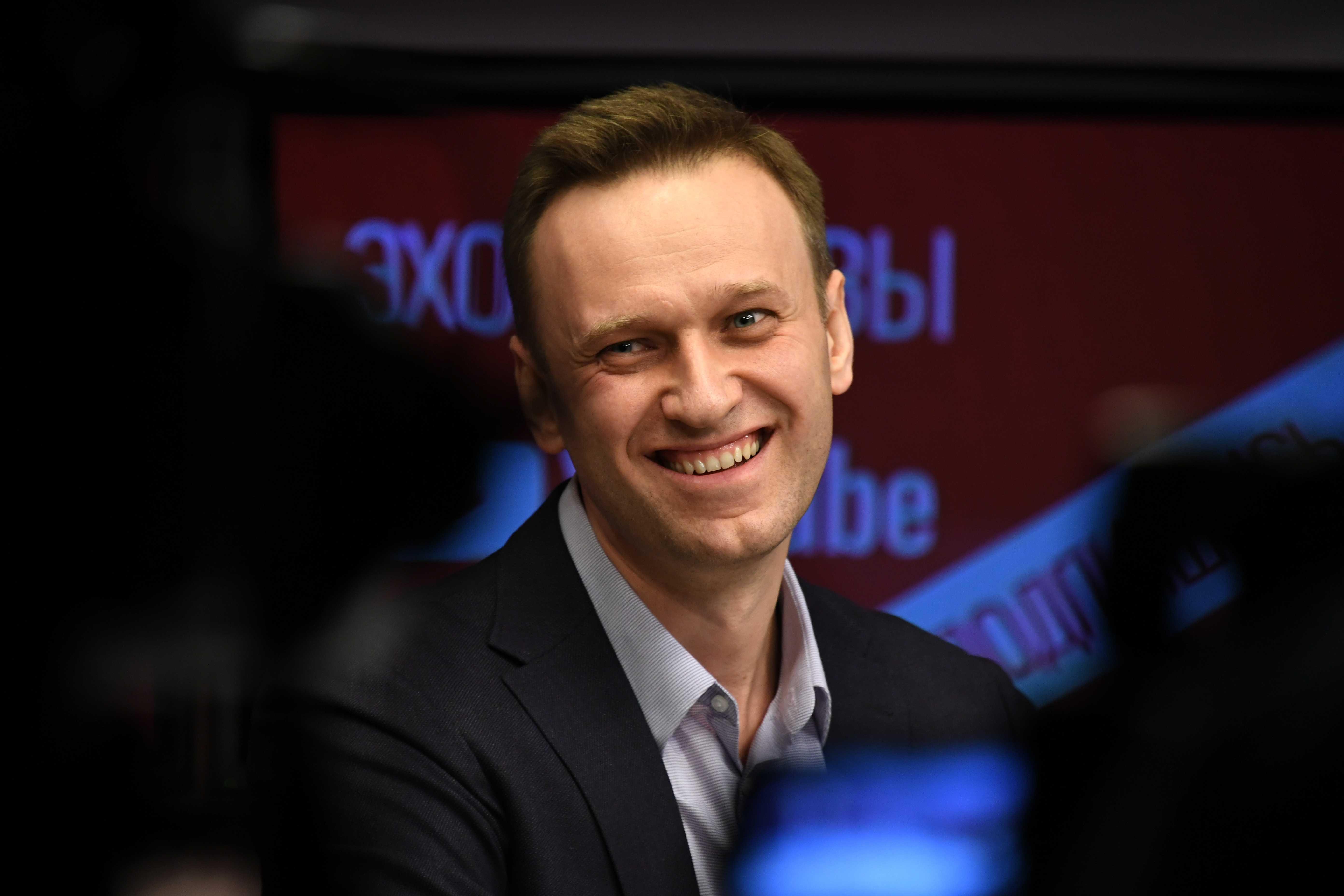 Навальный спустил 588 миллионов рублей пожертвований на отпуска и дорогое имущество