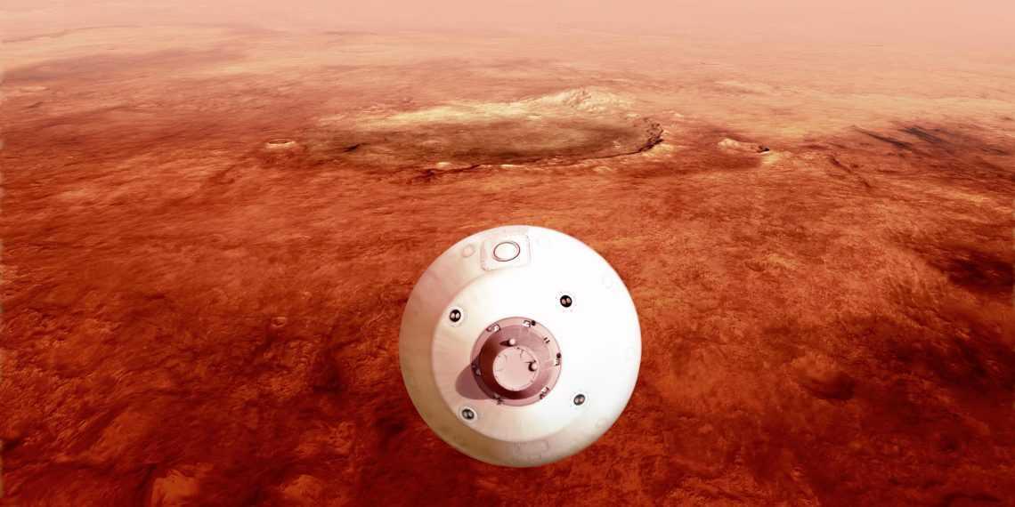 NASA показала цветные фото с Марса, снятые ровером Perseverance