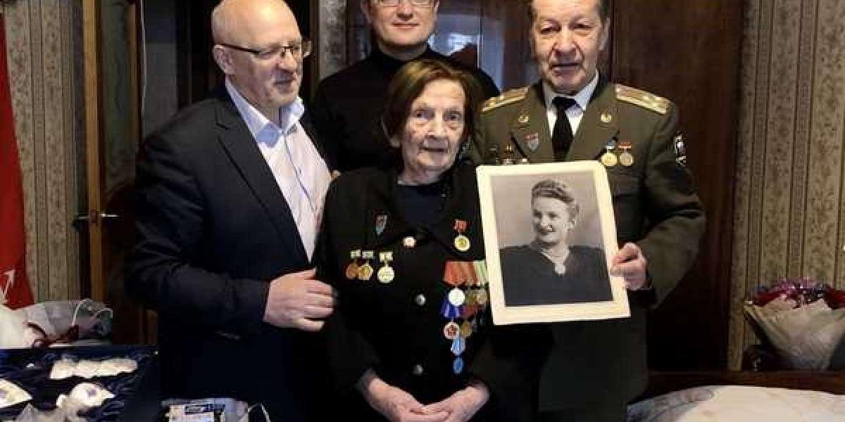 Ветеран Великой Отечественной войны Антонина Азаренко празднует столетний юбилей
