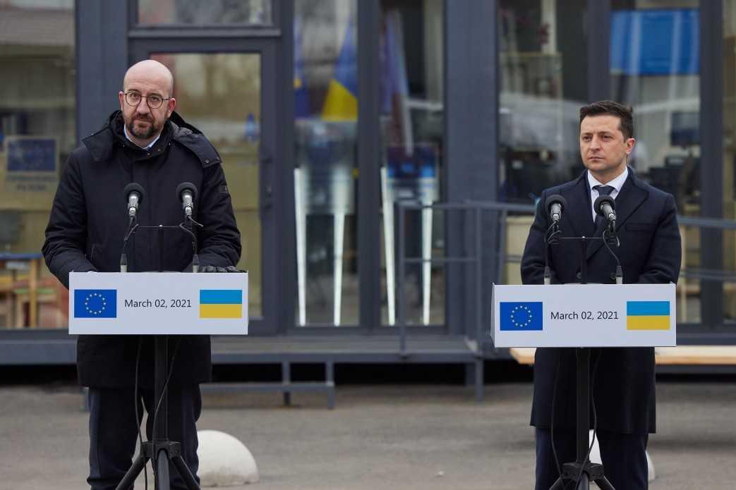 Экскурсия на Донбасс не помогла: президент ЕС жёстко отчитал Зеленского