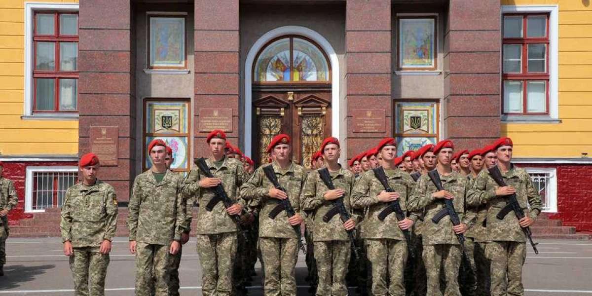 В академии для будущей элиты украинской армии командир устроил наркопритон