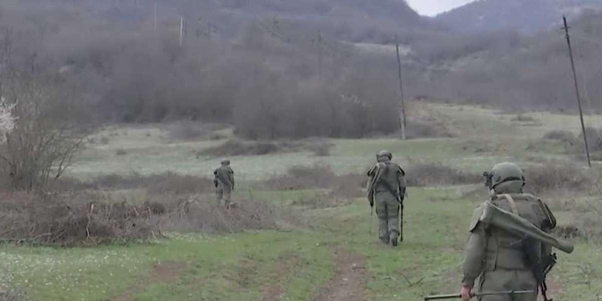 Российские миротворцы все еще в Карабахе: накануне обезопасили ремонт газопровода