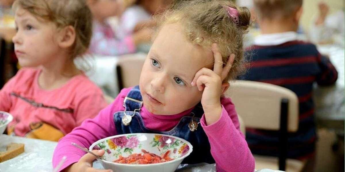 Пока питерский Роспотребнадзор мутит дела, школьников травят поставщики питания