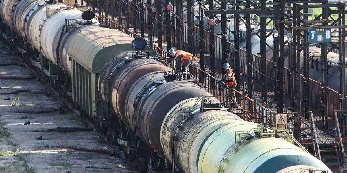 Российские власти задумались о запрете вывоза бензина
